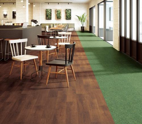 カーペットと硬質系床材の両方の良さを持ち メンテナンス性に優れた床材「フロテックスシート」